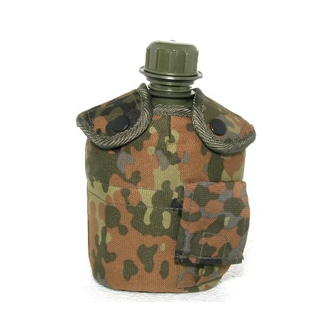 Water bottle with cup, pouch Flecktarn